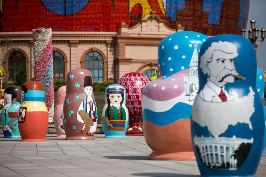 The Matryoshka Piazza in Manchuria, North China\'s Inner Mongolia autonomous region, June 5, 2018. (Photo provided to chinadaily.com.cn)