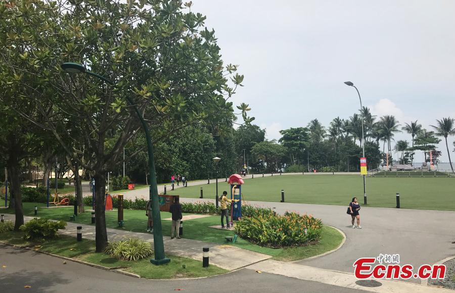 A view of scenery near the Capella Resort on Sentosa Island, Singapore, June 10, 2018. (Photo: China News Service/Meng Xiangjun)