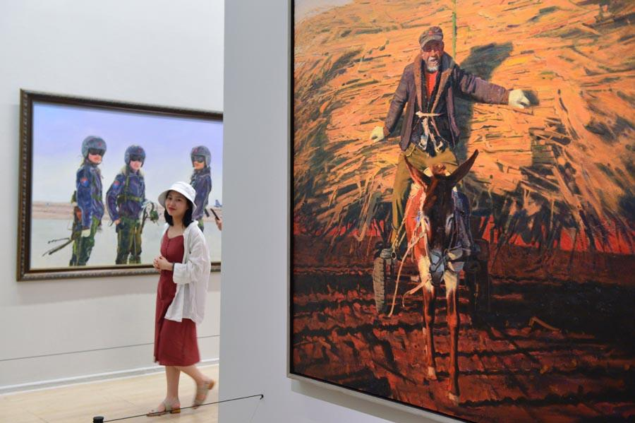 More than 380 art pieces created by young Chinese artists are on display at the National Art Museum in Beijing, June 10, 2018. The exhibition runs through June 24 and will then tour places including Jiangsu, Qinghai, Gansu and Hebei provinces and Inner Mongolia autonomous region. (Photo/Xinhua)