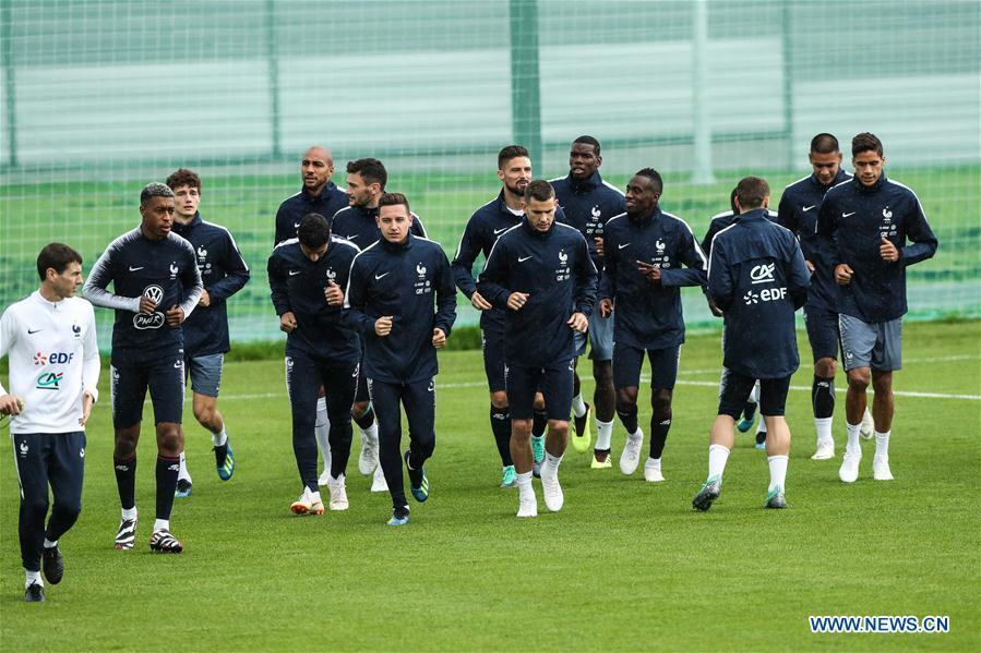 France\'s players attend a training session ahead of the Russia 2018 World Cup in Moscow, Russia, June 11, 2018. (Xinhua/Wu Zhuang)