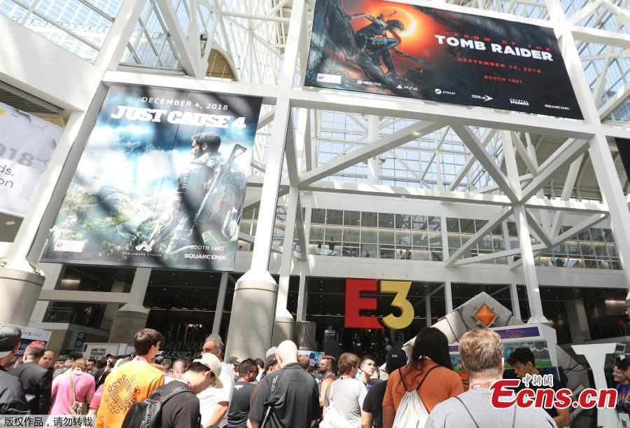 Gamers get ready to enter the Mixer booth at E3 2018 in Los Angeles, California, U.S., June 12, 2018. (Photo/Agencies)