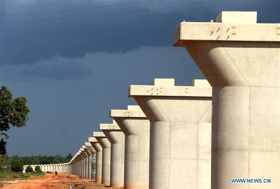 Photo taken on June 14, 2018 shows piers of the Nam Khone super major bridge in Vientiane, Laos. China Railway No. 2 Engineering Group (CREC-2) has completed the main construction work of the longest bridge along the China-Laos railway which is also the longest-ever bridge in Laos. (Xinhua/Qin Xiaoming)