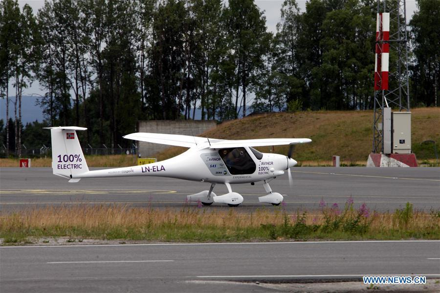 The two-seat electric aircraft, Alpha Electro G2, is seen at the airport in Oslo, Norway, June 18, 2018. Norway\'s first electric aircraft took to the skies on Monday as the Nordic country that is known for electric cars vowed to electrify its aviation as well. (Xinhua/Liang Youchang)