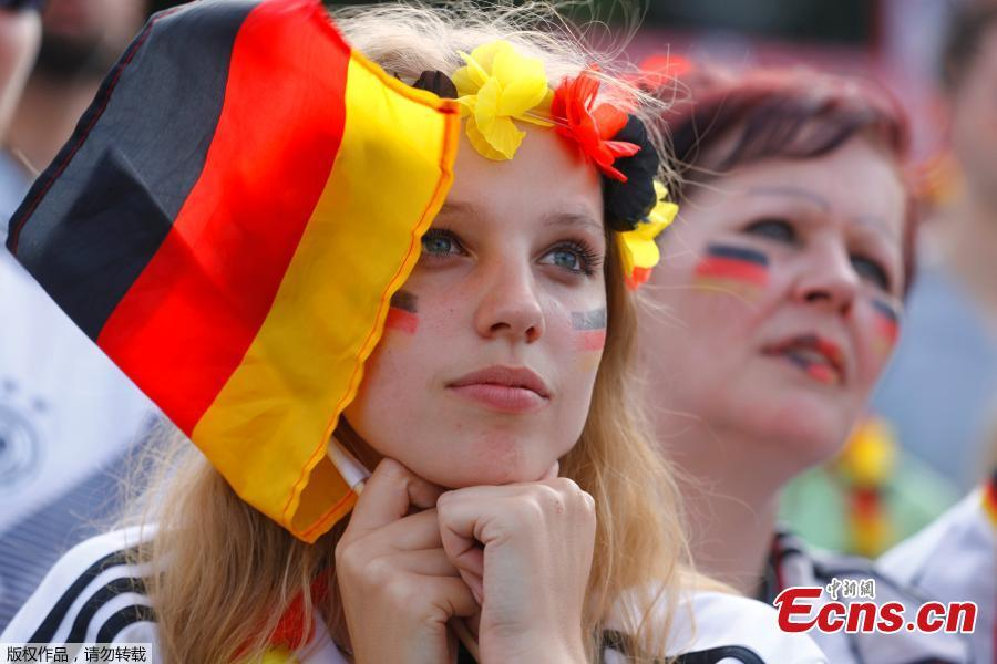 Germany fans watch the match between Germany and Mexico at Brandenburg Gate in Berlin, Germany, June 17, 2018. (Photo/Agencies)