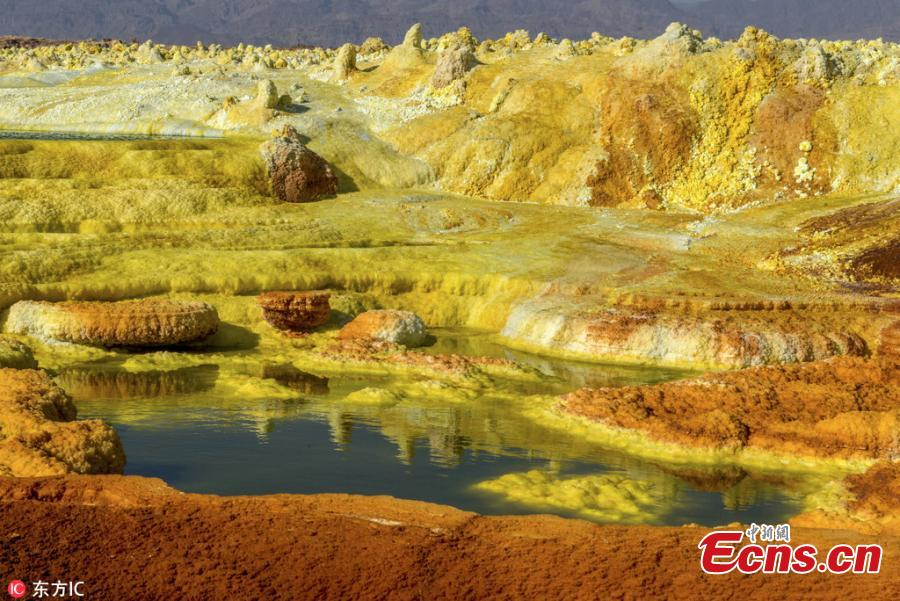 Photo taken by Neta Dekel of Israel shows the natural acid pools near the Erta Ale volcano deep in heart of the Danakil Desert in East Africa. (Photo/IC)