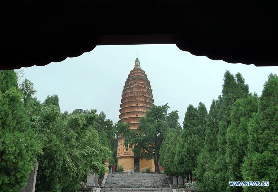 Photo taken on June 26, 2018 shows the Pagoda of the Songyue Temple in Dengfeng City, central China\'s Henan Province. The pagoda, was built in the Northern Wei Dynasty (369-534). Pagodas built in ancient times in Henan act not only as landmarks for sight-seeing, but also as observers of the Chinese history. (Xinhua/Li An)