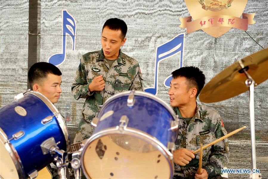 Chinese peacekeepers pratise for their Blue Tone band at the Chinese camp of the UN Multidimensional Integrated Stabilization Mission in Mali, May 12, 2018. In late 2013, China, for the first time, dispatched a security force of 170 soldiers to the UN Multidimensional Integrated Stabilization Mission in Mali (MINUSMA). Among the fifth batch of Chinese peacekeepers of MUNISMA, six soldiers established Blue Tone band in their spare time. On May 12, 2018, the Blue Tone band held a farewell concert before its members returned to China. This year marks the 70th anniversary of UN peacekeeping. China began its participations in the UN peacekeeping operations in 1990. Today, China has some 2,500 peacekeepers and plays an important role in promoting and maintaining world peace. (Xinhua/Han Lijian)