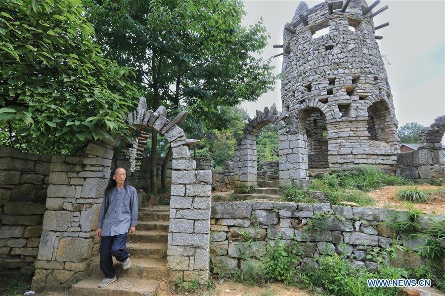 Song Peilun is seen at his stone castle \