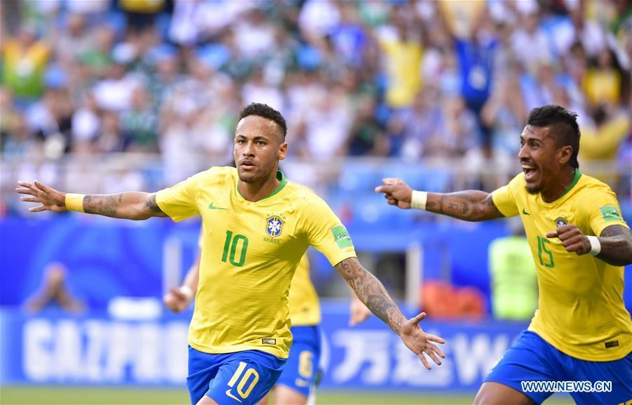 Neymar (L) of Brazil celebrates scoring with Paulinho during the 2018 FIFA World Cup round of 16 match between Brazil and Mexico in Samara, Russia, July 2, 2018. (Xinhua/Chen Yichen)