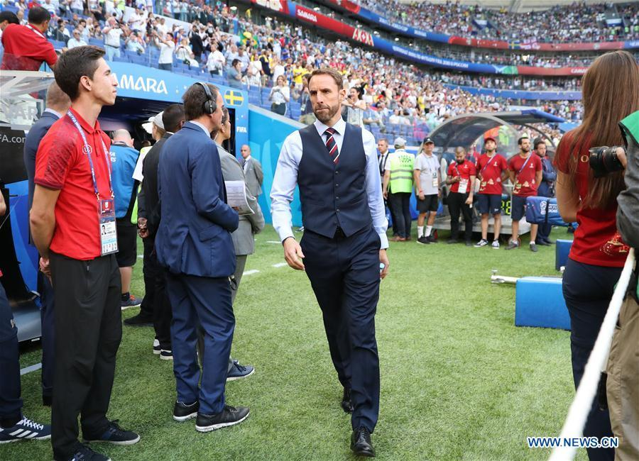 Head coach Gareth Southgate (C) of England is seen prior to the 2018 FIFA World Cup quarter-final match between Sweden and England in Samara, Russia, July 7, 2018. (Xinhua/Li Ming)
