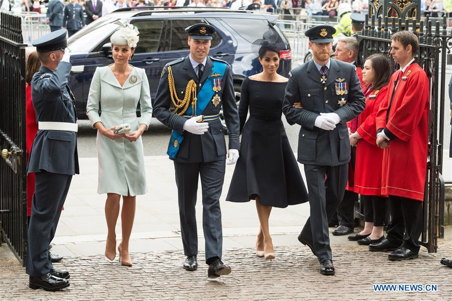 Britain\'s Prince William (3rd L), Duke of Cambridge, and his wife Catherine (2nd L), Duchess of Cambridge, Prince Harry (5th L), Duke of Sussex and his wife Meghan (4th L), Duchess of Sussex, attend a service at Westminster Abbey to mark the 100th anniversary of the Royal Air Force (RAF) in London, Britain on July 10, 2018. (Xinhua/Ray Tang)