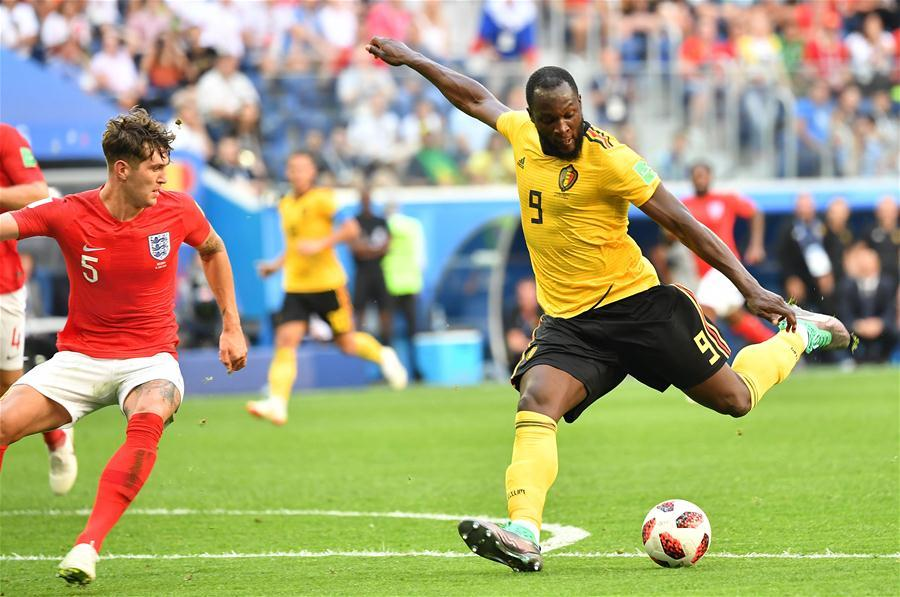 Romelu Lukaku (R) of Belgium shoots during the 2018 FIFA World Cup third place play-off match between England and Belgium in Saint Petersburg, Russia, July 14, 2018. (Xinhua/Liu Dawei)