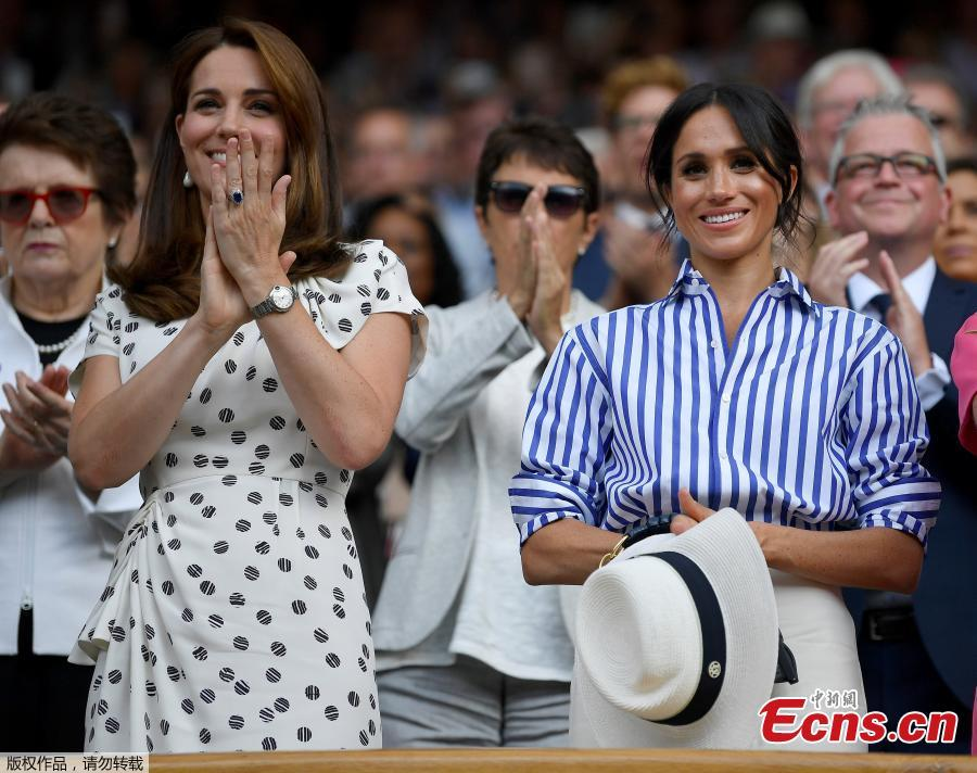 Britain\'s Catherine the Duchess of Cambridge and Meghan the Duchess of Sussex applaud after Germany\'s Angelique Kerber won the women\'s singles final against Serena Williams of the U.S., at the Wimbledon Tennis Championships, in London, Britain, July 14, 2018. (Photo/Agencies)