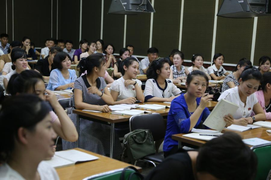 Students attend a Chinese-language class in the Grand People\'s Study House, Pyongyang, DPRK, on July 17, 2018.  (Photo/Xinhua)