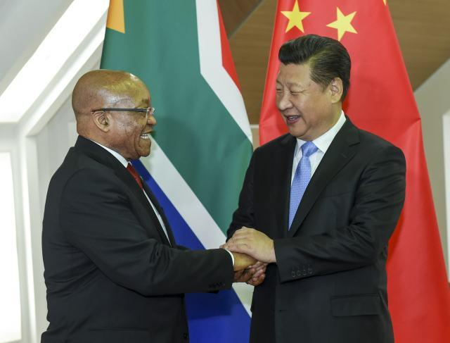 <?php echo strip_tags(addslashes(President Xi Jinping meets with South African President Jacob Zuma in Ufa, Russia on July 9, 2015. (Photo/Xinhua)