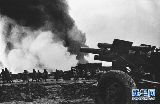 File photo shows the battlefield of Huaihai campaign during the War of Liberation (1946-49).(Photo/Xinhua)  From June 1946, the Kuomintang armies launched a concerted attack on the Liberated Areas led by the CPC, and a large-scale civil war started. On November 6, 1948, the East China Field Army and the Central Plain Field Army jointly launched the Huaihai Campaign against Kuomintang troops, which ended on January 10, 1949, with the total victory of the PLA.  With the victories of two other major campaigns Liaoshen Campaign and Pingjin Campaign, which were launched during the War of Liberation, the CPC overthrew the Kuomintang and won a great victory in 1949.