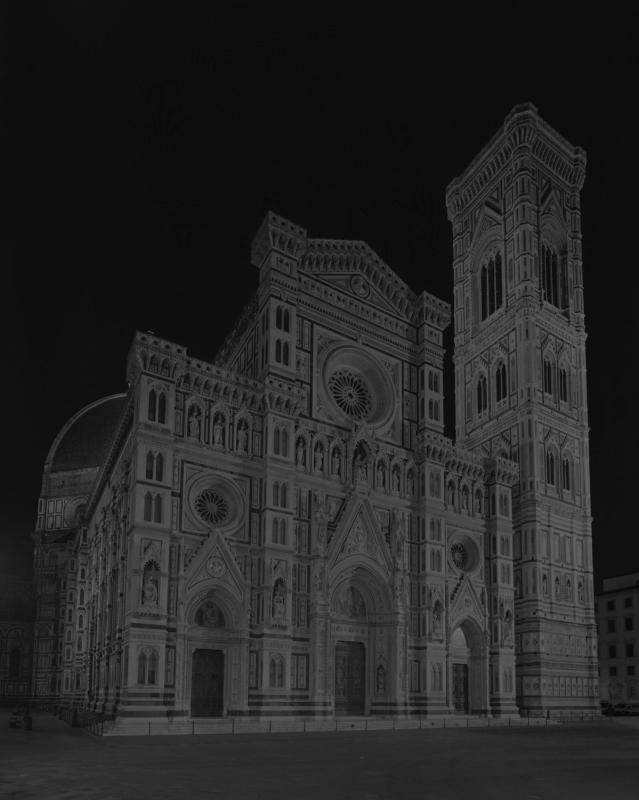 Duomo, Florence, from Gates of Paradise series, Hiroshi Sugimoto, courtesy of Galleria Continua (San Gimignano, Beijing, Les Moulins, Habana), 2017. (Photo provided to chinadaily.com.cn)