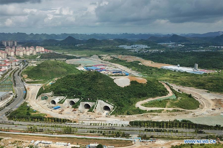 Aerial photo taken on Aug. 1, 2018 shows the construction site of a data center of Tencent in Gui\'an New District in southwest China\'s Guizhou Province. Guizhou has become a pioneer in China\'s big data development. Big data is being widely applied in government management, business and daily life, contributing over 20 percent to the economic growth of Guizhou Province. The number of big data-related companies in Guizhou Province has grown from less than 1,000 in 2013 to more than 8,500 in 2018.(Xinhua/Ou Dongqu)