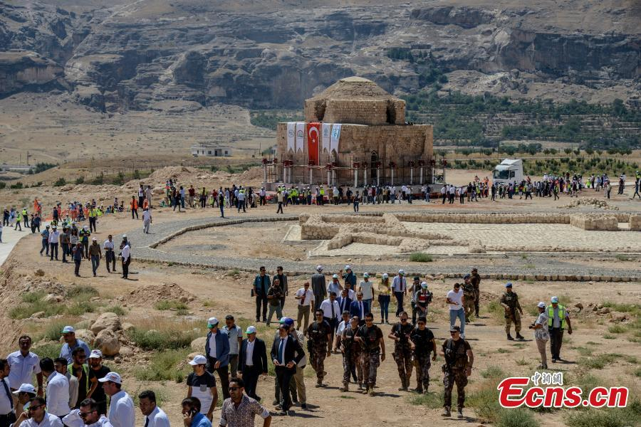 Historical bathhouse is being relocated by self-propelled modular transporter (SPMT) to Hasankeyf Cultural Park site in Batman, Turkey, Aug. 6, 2018. The 13th-century Turkish bath, or hammam, was relocated to a new site to save it from flooding when a new dam opens in southeastern Turkey. (Photo/Agencies)