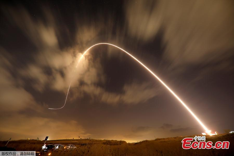 Iron Dome anti-missile system fires an interceptor missile as rockets are launched from Gaza towards Israel near the southern city of Sderot, Israel, August 9, 2018. On Wednesday night and Thursday, Israeli aircraft struck more than 150 targets in Gaza and Palestinian militants fired scores of rockets including a long-range missile deep into Israel, escalating fighting despite the ongoing truce talks. (Photo/Agencies)