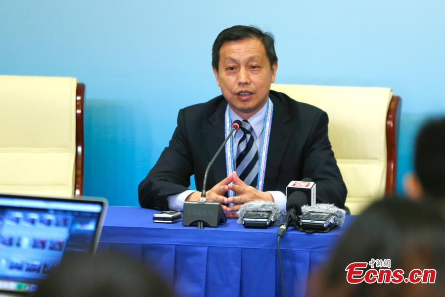 Li Minggang, deputy director of the information department at the Ministry of Foreign Affairs, talks to reporters at the start of trial operation of the media center for the Forum on China-Africa Cooperation (FOCAC) in Beijing, Aug. 29, 2018. Covering about 8,300 square meters, the center has eight functional zones, including an area for press conferences and cultural display. The FOCAC was founded in 2000 and its membership had grown by June to include China, 53 African countries with diplomatic relations with China and the African Union Commission, according to the FOCAC website. (Photo: China News Service/Fu Tian)