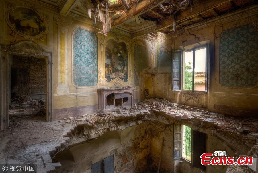 This grand Italian house would require careful renovation(Photo/VCG)
