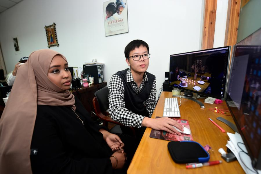 Somali-born Hodan Osman Abdi helps edit the documentary Africans in Yiwu in Zhejiang Province last year. (Photo/China Daily)