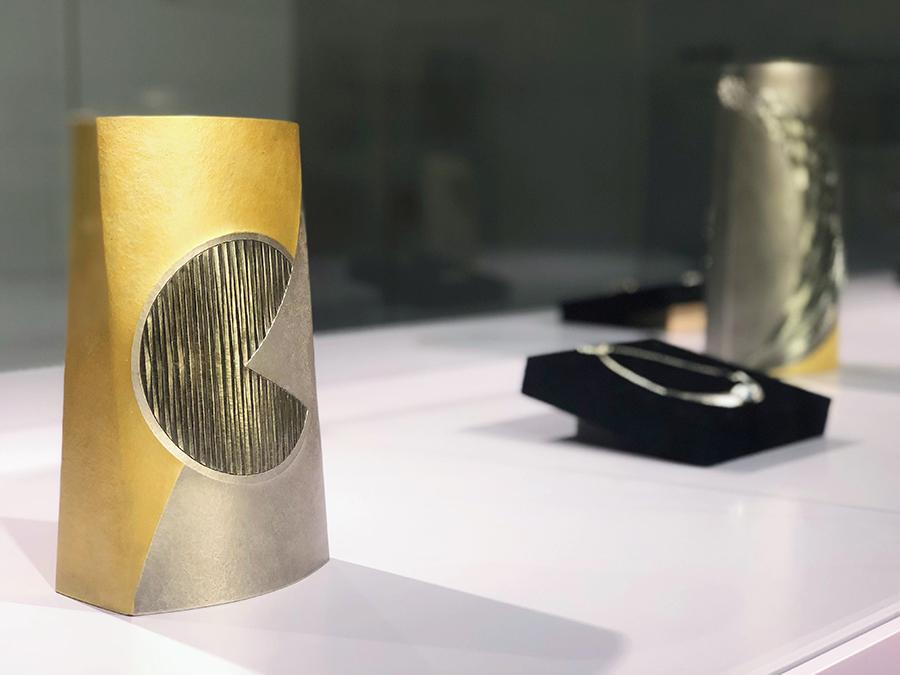 After presenting exhibitions on Bizen ware and washi, the ZENA lifestyle platform recently showcased traditional Japanese artifacts—metal works. (Photo provided to China Daily)