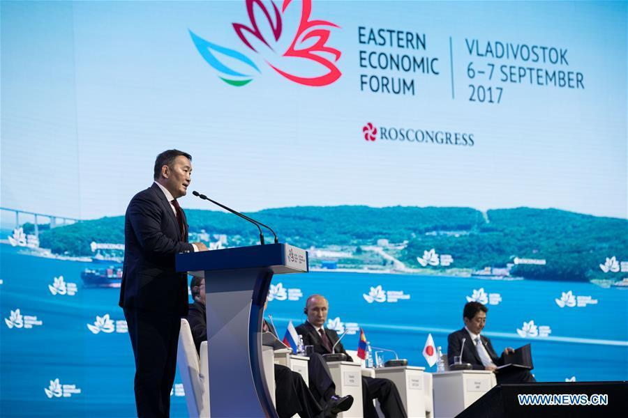 Mongolian President Khaltmaa Battulga (L) speaks on the plenary session of the third Eastern Economic Forum in Vladivostok, Russia, on Sept. 7, 2017. (Xinhua/Wu Zhuang)