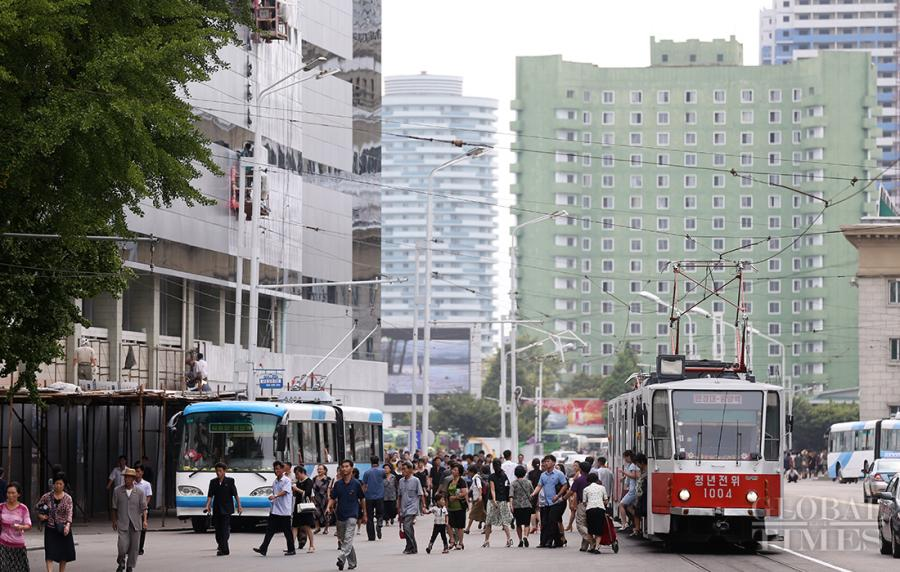 <?php echo strip_tags(addslashes(Photos show the urban landscape of Pyongyang. (Photo: Cui Meng/GT))) ?>