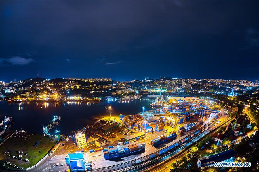 Photo taken on Sept. 9, 2018 shows a night view of the city Vladivostok, Russia. (Xinhua/Wu Gang)