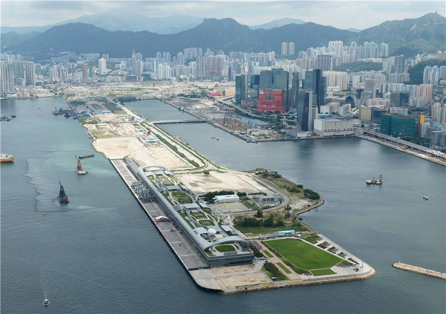 An aerial view of the Kai Tak Cruise Terminal. PHOTO PROVIDED TO CHINA DAILY Challenges ahead  The Guangdong-Hong Kong-Macao Greater Bay Area will bring Chek Lap Kok unprecedented development opportunities. It also exposes the airport to a fiercely competitive market.  There are six airports in the Bay Area, the other five being Guangzhou Baiyun International Airport, Shenzhen International Airport, Zhuhai Airport and Foshan Shadi Airport in Guangdong, and Macao International Airport.  Research released in June last year found that Hong Kong was losing market share to its Bay Area counterparts on both international and domestic routes.  According to the Policy Research Institute of Global Supply Chain at Hang Seng Management College, the airports in Guangzhou and Shenzhen enjoyed 37 percent and 56 percent traffic growth respectively between 2011 and 2015.  The growth rates were far higher than the global average of less than 20 percent over the same four-year period. During this time, Hong Kong International Airport experienced traffic growth of 29 percent.  \