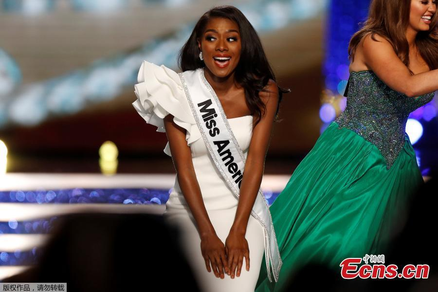 Miss New York Nia Imani Franklin celebrates after winning on stage in Atlantic City, New Jersey, U.S., Sept. 9, 2018. (Photo/Agencies)