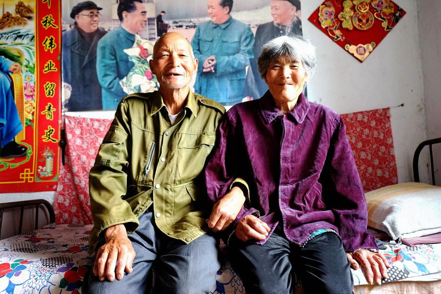 Wei Deyou and his wife. (Photo provided to China Daily)