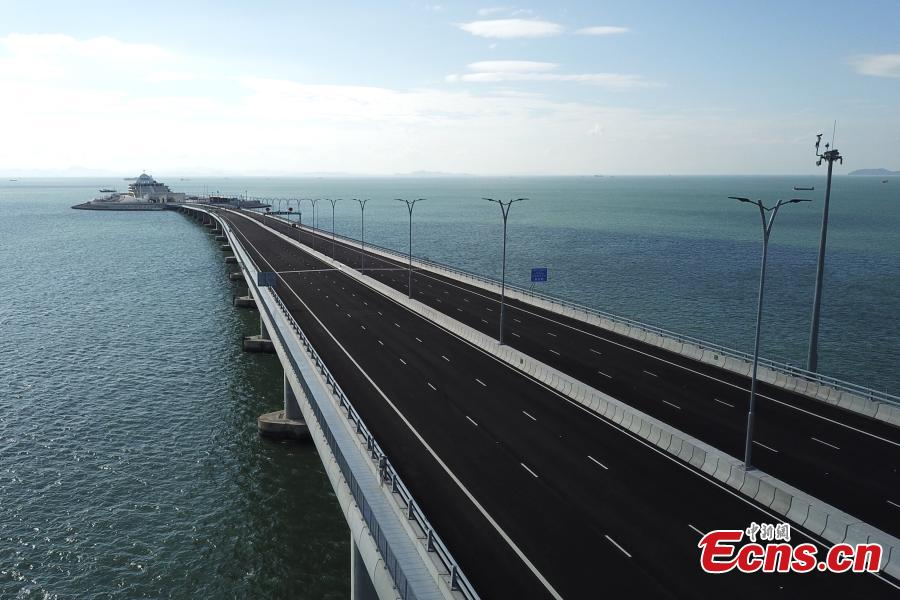 Photo taken on Sept. 18, 2018 shows the Hong Kong-Zhuhai-Macao Bridge in south China. Super typhoon Mangkhut landed at 5 p.m. on Sept. 16 on the coast of the city of Jiangmen in Guangdong. The administration of Hong Kong-Zhuhai-Macao Bridge dispatched 83 employees to patrol the bridge and supporting facilities. It has withstood the super typhoon Mangkhut, which had a maximum wind speed of 55 meters per second, according to on-site supervision data. (Photo: China News Servcie/ Li Zhihua)