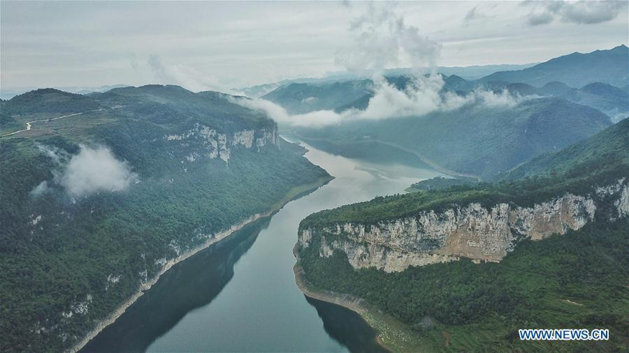 <?php echo strip_tags(addslashes(Aerial photo taken on Sept. 22, 2018 shows a view of the Wujiang River in Houshan Town of Jinsha County, southwest China's Guizhou Province. (Xinhua/Ou Dongqu))) ?>