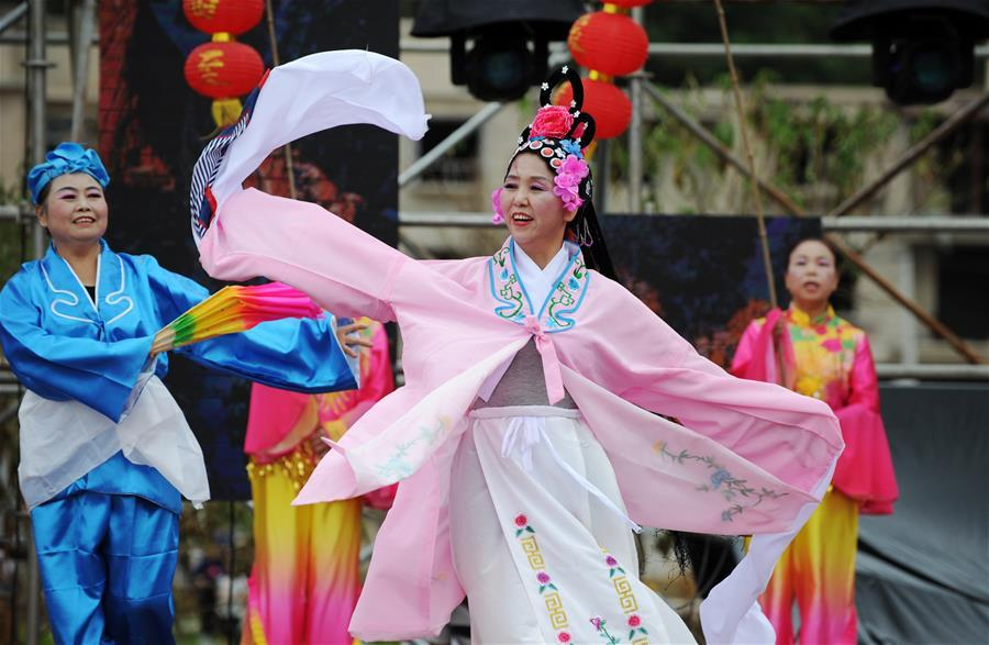 Villagers perform a lantern dance to celebrate China\'s first Farmers\' Harvest Festival in Majiazhai Village of Shuiwei Township in Cengong County, southwest China\'s Guizhou Province, Sept. 23, 2018. People across China hold various activities to celebrate the country\'s first Farmers\' Harvest Festival, which falls on Sept. 23 this year. (Xinhua/Yang Wenbin)