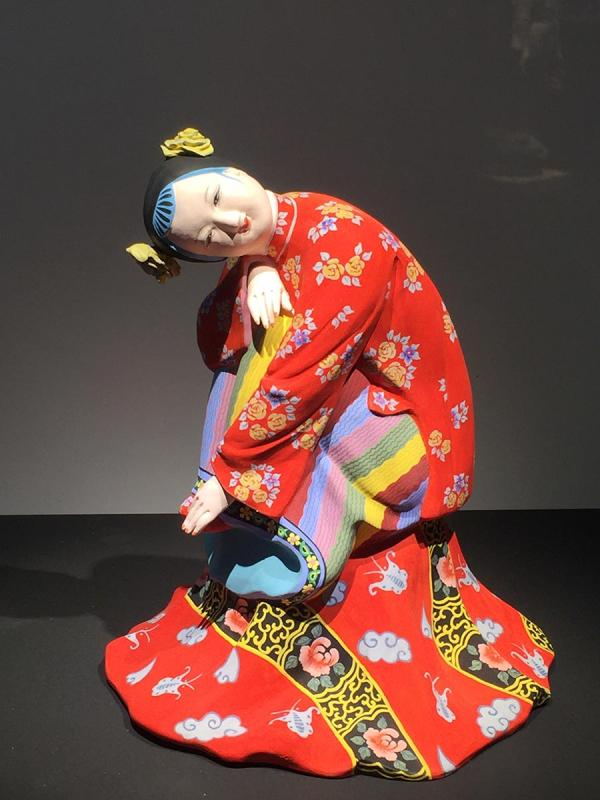 A colored sculpture is shown at the exhibition. (Photo/China Daily)