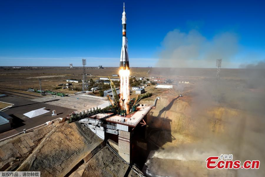 Russia\'s Soyuz MS-10 spacecraft carrying the members of the International Space Station (ISS) expedition 57/58, Russian cosmonaut Alexey Ovchinin and NASA astronaut Nick Hague, blasts off to the ISS from the launch pad at the Russian-leased Baikonur cosmodrome in Baikonur on October 11, 2018. (Photo/Agencies)