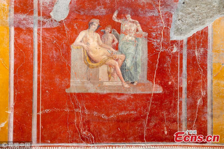 Fresco in the House with Garden, a new excavation in the Regio V of the Pompeii excavations in Italy, Oct. 16, 2018. (Photo/VCG)