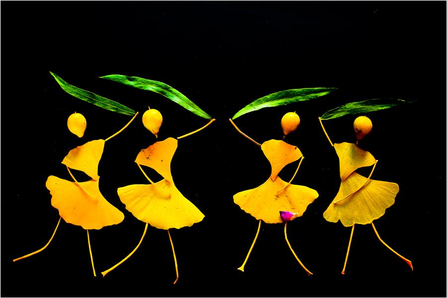 Zhao Shujie of Luohe city in Central China\'s Henan Province likes to pick up fallen leaves and use them to make pictures of vivid dancers. (Photo by Zhao Shujie/chinadaily.com.cn)
