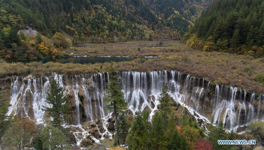 Aerial photo taken on Oct. 18, 2018 shows renovated infrastructures at the Jiuzhaigou Valley Scenic Area in Jiuzhaigou County, southwest China\'s Sichuan Province. The magnitude-7.0 earthquake that hit here on Aug. 8, 2017 and the flooding of this summer caused damages of various degrees to the Jiuzhaigou Valley Scenic Area, which has been temporarily closed since July for renovation. (Xinhua/Jiang Hongjing)