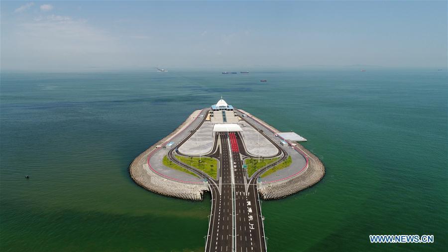Aerial photo taken on July 11, 2018 shows the artificial island of the Hong Kong-Zhuhai-Macao Bridge. (Xinhua/Liang Xu)