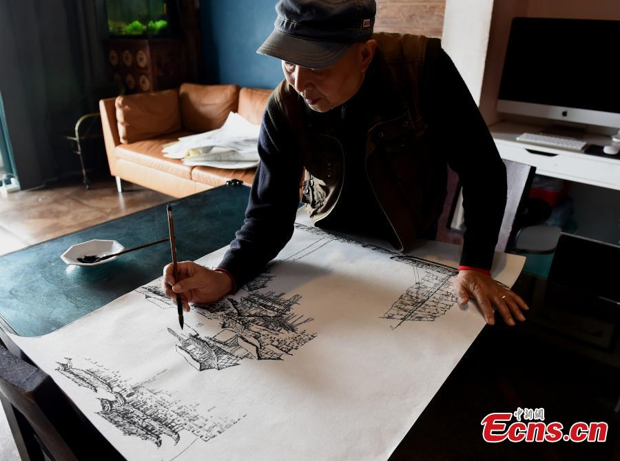 Qin Tingguang, in his seventies, draws with an ink brush in his home in Southwest China's Chongqing Municipality, Oct. 29, 2018. Based on his memory, Qin has spent five years drawing 44 paintings of the city's landmarks 20 years ago. (Photo: China News Service/Zhou Yi)