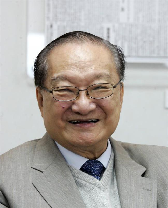 This is a file photo of Jin Yong. Famous Chinese martial arts novelist Louis Cha Leung-yung, more widely known by his pen name Jin Yong, died at 94 at a hospital in Hong Kong on Tuesday. Cha created many widespread martial arts novels between 1955 and 1972. Cha, who also co-founded the Hong Kong daily newspaper Ming Pao, has been regarded as one of the greatest and most popular martial arts writers. (Xinhua)