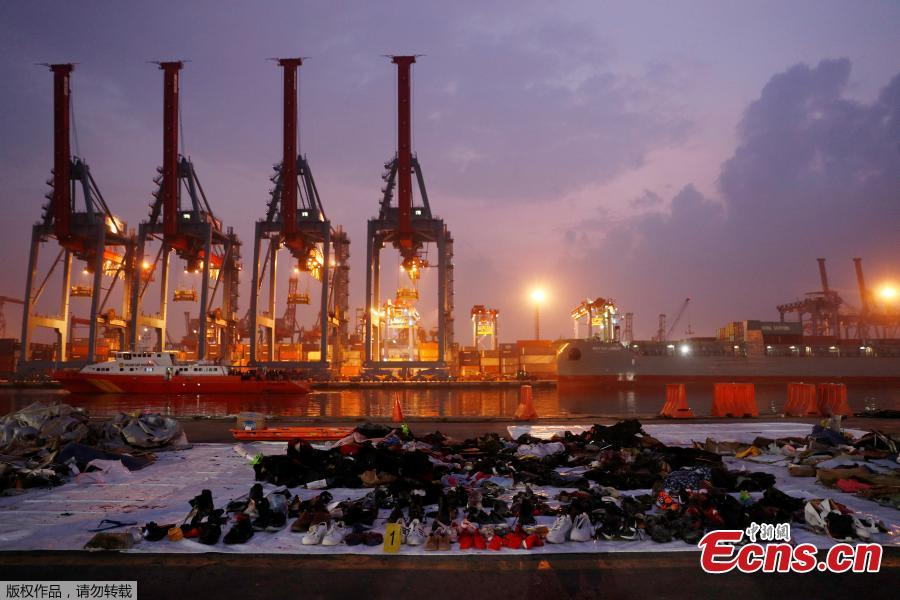 Recovered belongings believed to be from the crashed Lion Air flight JT610 are laid out at Tanjung Priok port in Jakarta, Indonesia, November 1, 2018. (Photo/Agencies)