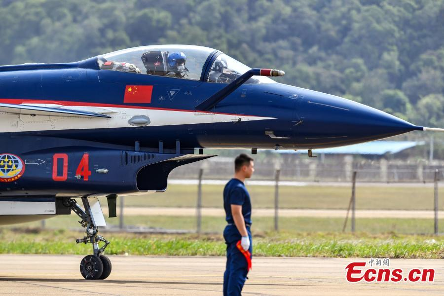 A fighter jet of the Chinese People\'s Liberation Army (PLA) Air Force\'s August 1st aerobatics team is seen at an airport in Zhuhai, South China's Guangdong province, October 31, 2018. The team will perform at the 12th China International Aviation and Aerospace Exhibition (Airshow China). The event will be held in Zhuhai from Nov. 6 to 11. (Photo: China News Service/ Chen Jimin)