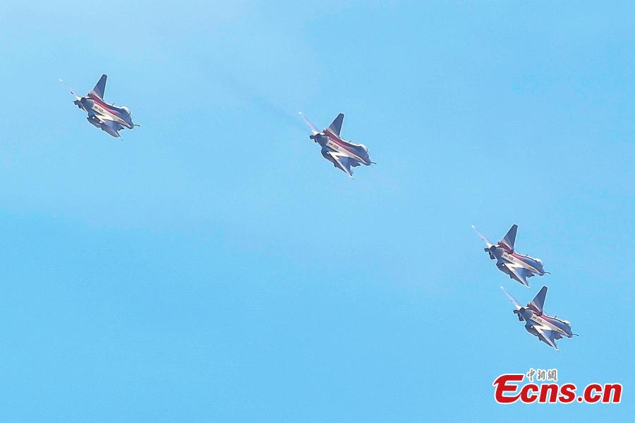 Fighter jets of the Chinese People\'s Liberation Army (PLA) Air Force\'s August 1st aerobatics team is seen at an airport in Zhuhai, South China's Guangdong province, October 31, 2018. The team will perform at the 12th China International Aviation and Aerospace Exhibition (Airshow China). The event will be held in Zhuhai from Nov. 6 to 11. (Photo: China News Service/ Chen Jimin)