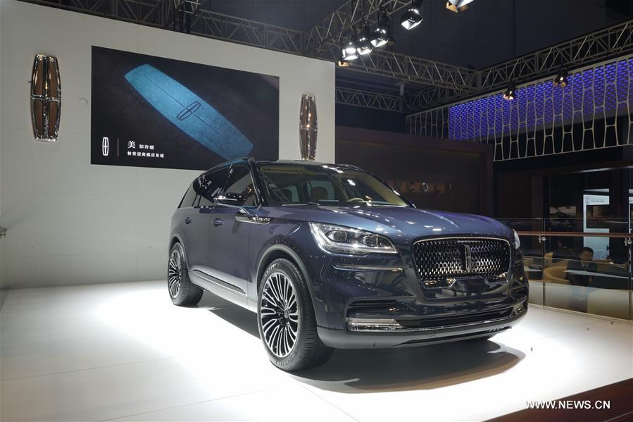Photo taken on Nov. 7, 2018 shows a Lincoln Aviator at the first China International Import Expo (CIIE) in Shanghai, east China. (Xinhua/Xing Guangli)
