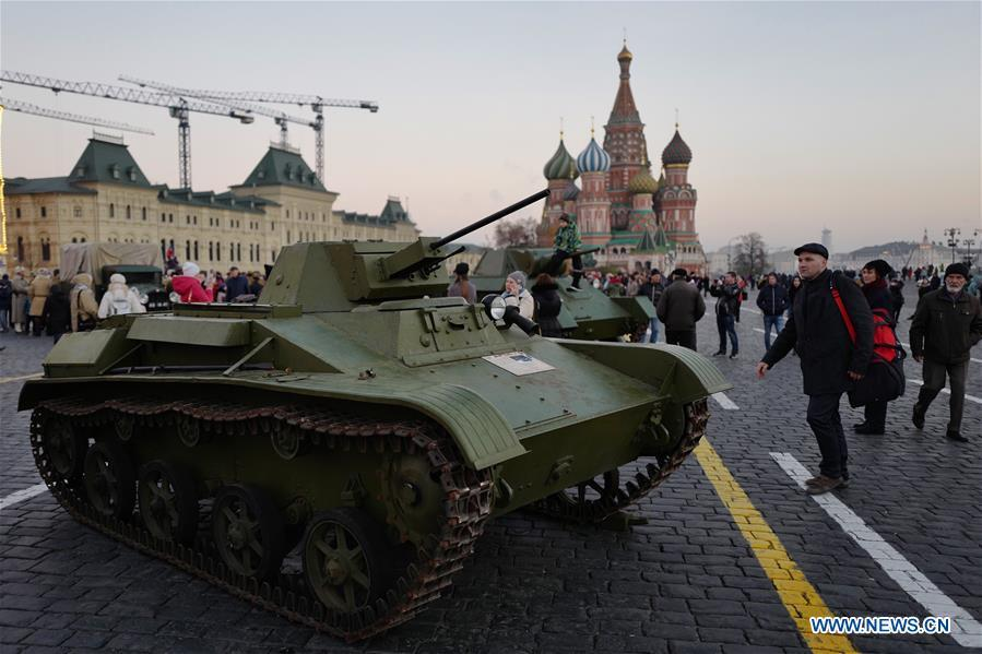A T-60 tank is displayed on the Red Square to mark the 101st anniversary of Russia\'s 1917 October Revolution, in Moscow, Russia, Nov. 7, 2018. (Xinhua/Bai Xueqi)